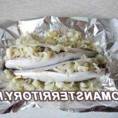 Рецепт скумбрії, запеченої у фользі в духовці з лимоном