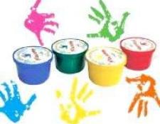 Вчимо малюка малювати пальчиковими фарбами