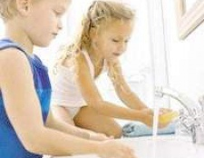 Харчове отруєння у дитини: симптоми, лікування, профілактика