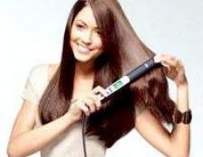 Укладання волосся феном