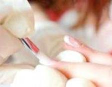 Зміцнення нігтів гелем