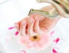 Ванночки для швидкого росту нігтів